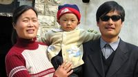 Chen Guangcheng and family